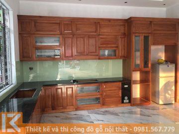 Nhận đóng tủ bếp bằng gỗ tự nhiên ở Quận 7 MS0016