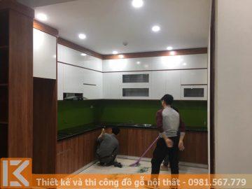 Tủ bếp nhà phố chữ L bằng gỗ công nghiệp MS0013